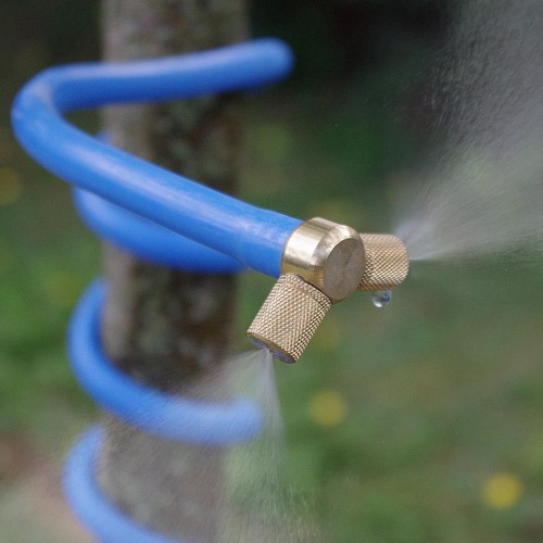 Zoom sur buse 100% laiton du brumisateur de jardin personnel cobra (bleu)