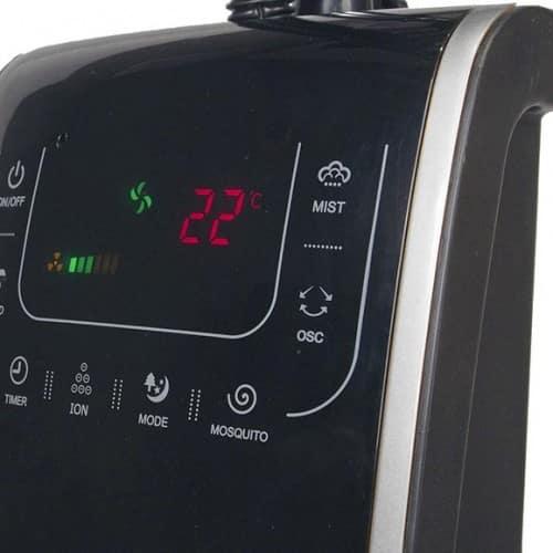 Zoom sur écran digital du ventilateur brumisateur intérieur 135cm