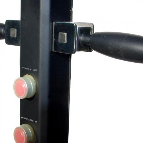 Bouton et poignées du ventilateur brumisateur 180cm dépliées