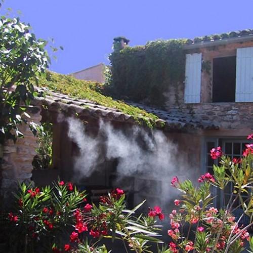 Brumisateur de terrasse mise en situation sur maison provencal