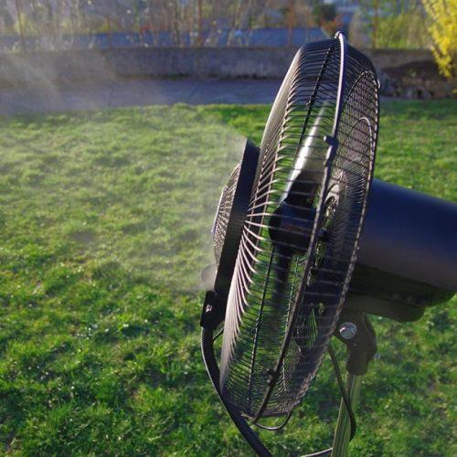 Ventilatore con nebulizzatore